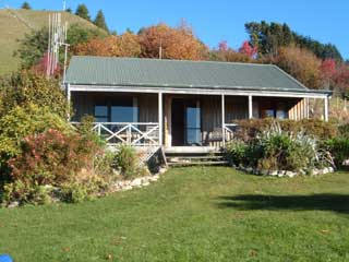 Relax at Kairuru Farmstay near Nelson New Zealand